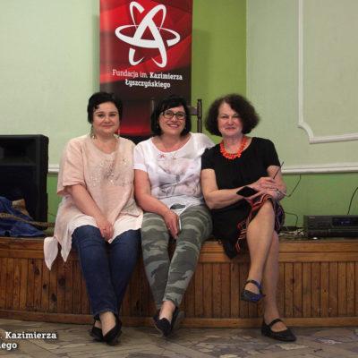 Nasze wspaniałe dyskdżokejk, Mariola i Anna.